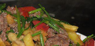 Cách làm bò xào khoai tây chuẩn vị như nhà hàng ngay tại nhà