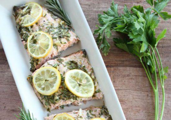 Cách làm món cá hồi nướng chanh thơm ngon tròn vị