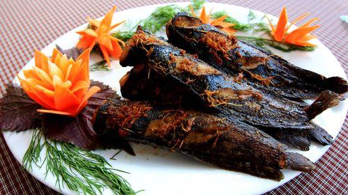 Cách làm cá trê nướng mắm gừng ngon hấp dẫn