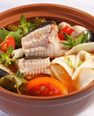 Cách nấu lẩu cá măng chua đơn giản và ngon nhất