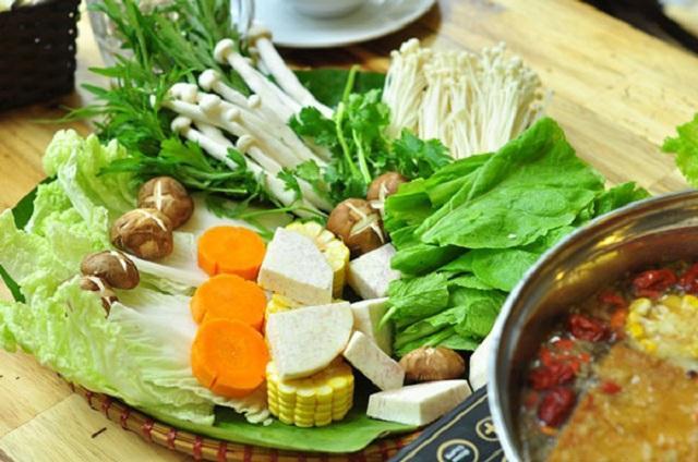 Các loại rau củ ăn kèm với lẩu nấm chay