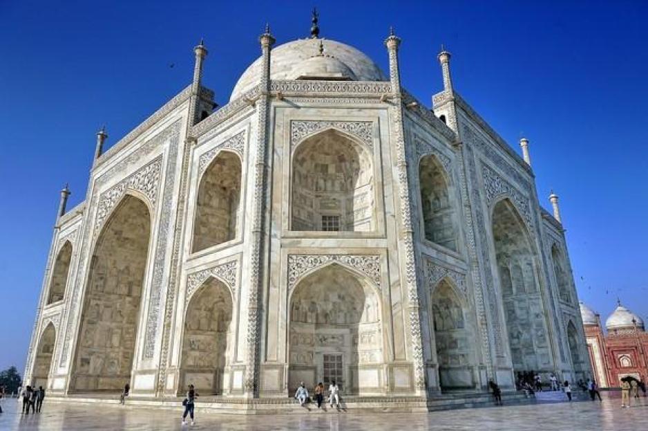 Công trình kiến trúc lăng Taj Mahal mang hướng hồi giáo