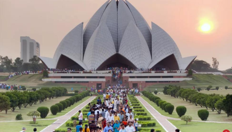 Lotus Temple- bông sen khổng lồ của thủ đô Ấn Độ