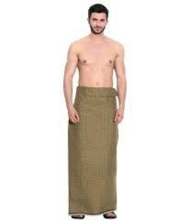 Lungi có 2 dạng mà nam giới Ấn Độ vẫn thường hay mặc, đó là loại khâu và loại mở