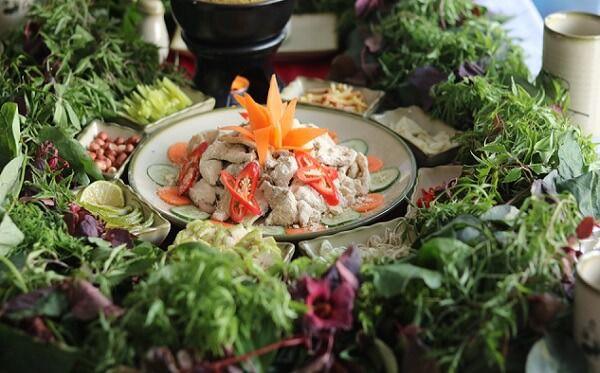 gỏi cá mè Ninh Bình